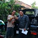 Foto Penyerahan Mobil 1 Sales Marketing Dealer Daihatsu Semarang Hengki - OtoBaru