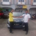 Foto Penyerahan Unit 4 Sales Marketing Mobil Dealer Daihatsu Lampung Liko