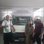 Foto Penyerahan Unit 6 Sales Marketing Mobil Dealer Daihatsu Ruben