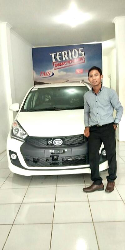 Sales Marketing Mobil Dealer Daihatsu Samarinda Daniansyah