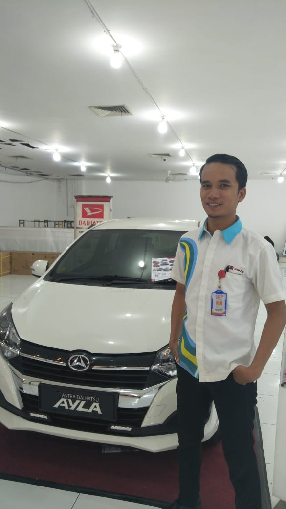 Sales Marketing Mobil Dealer Daihatsu Robby